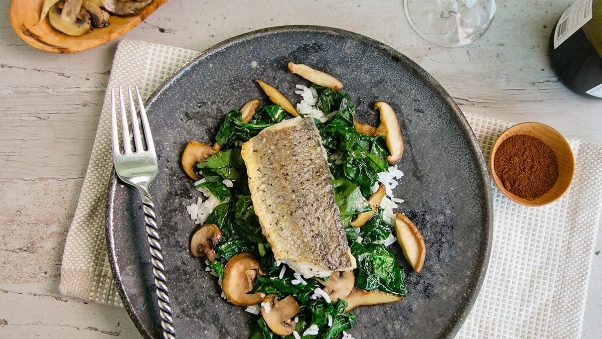 Hake with Spinach and Mushrooms